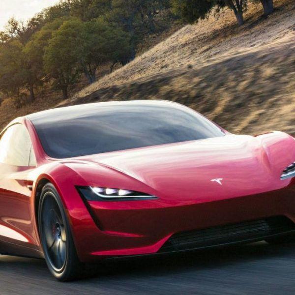 Tesla-Roadster-vliegen