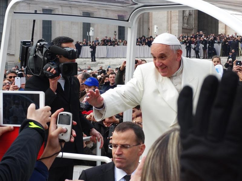 Franciscus ontpopt zich tot groene paus